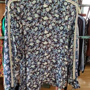 Ladies Free People boho floral blouse sz. Small
